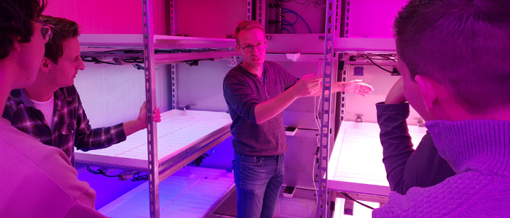 Climate growth container with Grow & Roll offers flexible research solutions