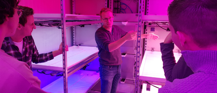 Local-for-local food production in climate containers
